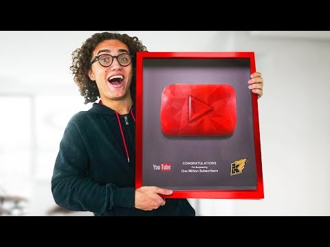 3D Printing A YouTube Play Button! - How To DIY