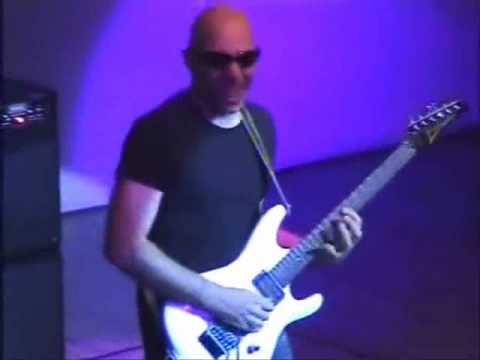 Joe Satriani - Gnaahh Live in Beijing