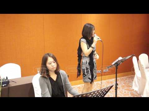 Jocelyn Ong Performs Zhi Shao Hai You Ni