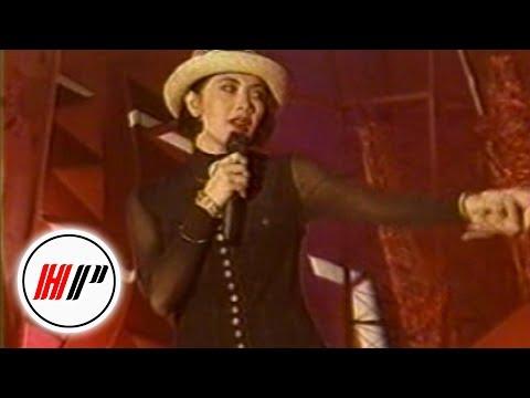 Poppy Mercury - Satukanlah Hati Kami [Official Music Video]