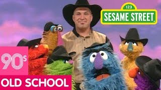 Sesame Street: Together We Make Music with Garth Brooks