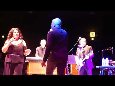 Mary Wilson Performing Last Dance at Westbury Music Fair