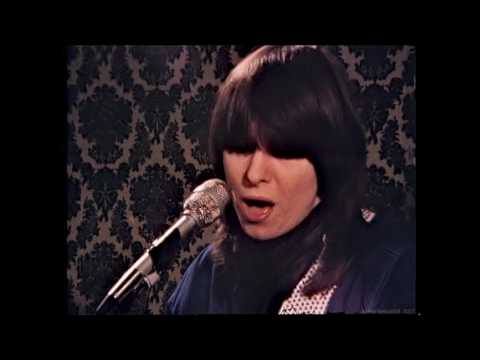 Pretenders - Stop Your Sobbing (Live Rehearsal) (1979) (HD)
