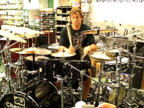 Thomas Lang live at Cherubini Music Store (Rome/Italy) June, 28th 2010 drum clinic: Jazz Impromptu