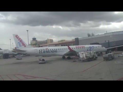 Boeing 737-800 KLM 1703 Landing runway 18R Madrid-Barajas from Amsterdan-Schiphol 11.04.2016
