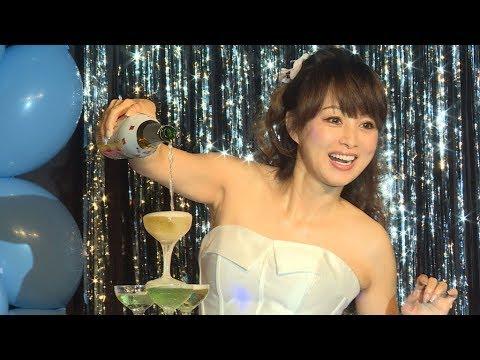 渡辺美奈代、ミニスカで50歳の誕生日ライブ
