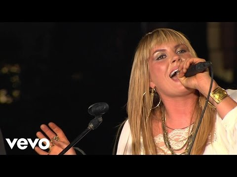 Grace Potter and the Nocturnals - Paris (Ooh La La) + Medicine (Live from the Artists Den)