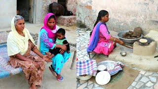 Punjabi Village Food❤Punjabi Village WOMAN cooking On Woodfire ❤Rural Life of PUNJAB/INDIA/Villager