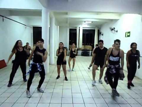 Mc Sapão - Vou Desafiar Você Cia Thiago Araújo Dance Coreografia