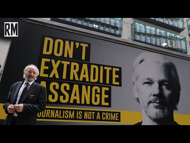 Judge Puts Assange Extradition Hearing on Hold