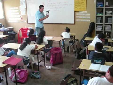 Honduras-In The classroom 3 09