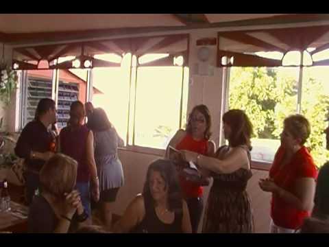 CLASE 1976 TEODORO AGUILAR MORA CANTANDO NAVIDADES 2009