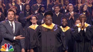 jimmy fallon announces 1m donation to jj watt invites houston choir to sing lean on me