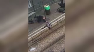 Amateur video: Terror suspect shot and detained by police in Brussels(Mobile phone footage shows the moment police in Brussels shoot and detain a man suspected of involvement in a foiled terror attack. Report by Conor Mcnally., 2016-03-25T17:28:04.000Z)