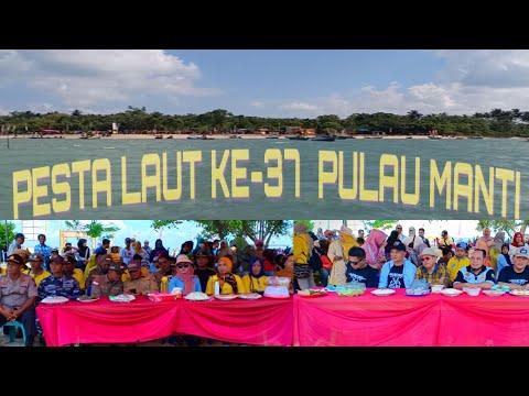 Pesta laut ke-37 di Pulau Manti Desa Rampa (Sungai Bali) Kecamatan Pulau Sebuku Kabupaten Kotabaru.