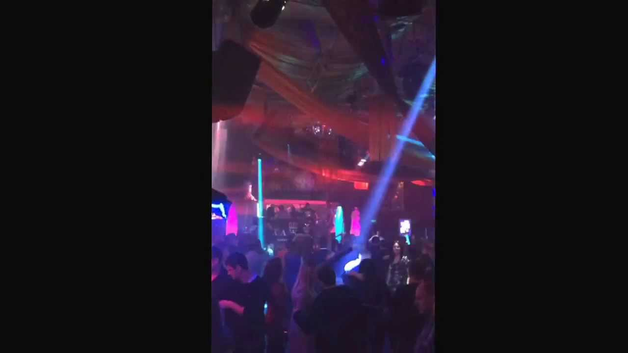 Нарцисс клуб москва ночной стриптиз клуб мандарин