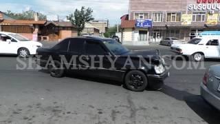 Ավտովթար Երևանում բախվել են Mercedes ն ու ГАЗель ը