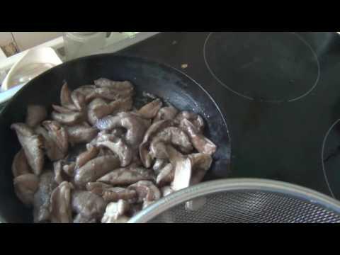 Маслята жарим правильно  Сравнение жаренных подберезовиков и маслят  Грибы гриб тихая охота рецепт