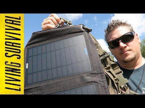 Anker 14W Solar Panel & Astro E7 Battery Bank