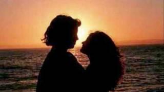 mary mcgregor - torn between two lovers ( español )