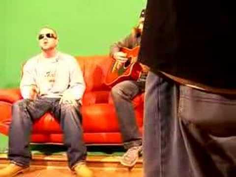 Collie Buddz - Mamacita Live Riddim Up on the Green Screen