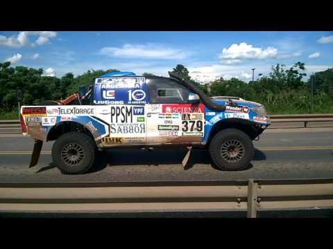 Dakar 2017 paso de autos por Formosa Capital