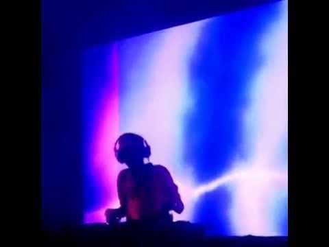 Tanishq Live @ Mashup Arena '14 Featuring. DJ Chetas & VJ Tarang .
