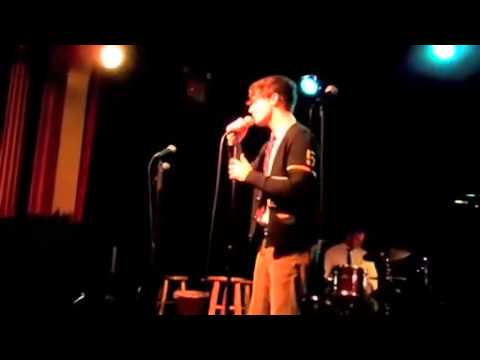 CC Andy Mientus singing 'Creep' by Radiohead