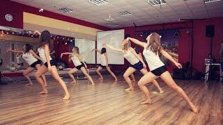 Контемпорари (начинающие) / Dance Center