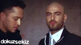 Murat Boz Feat Soner Sarıkabadayı İki Medeni İnsan Official Video