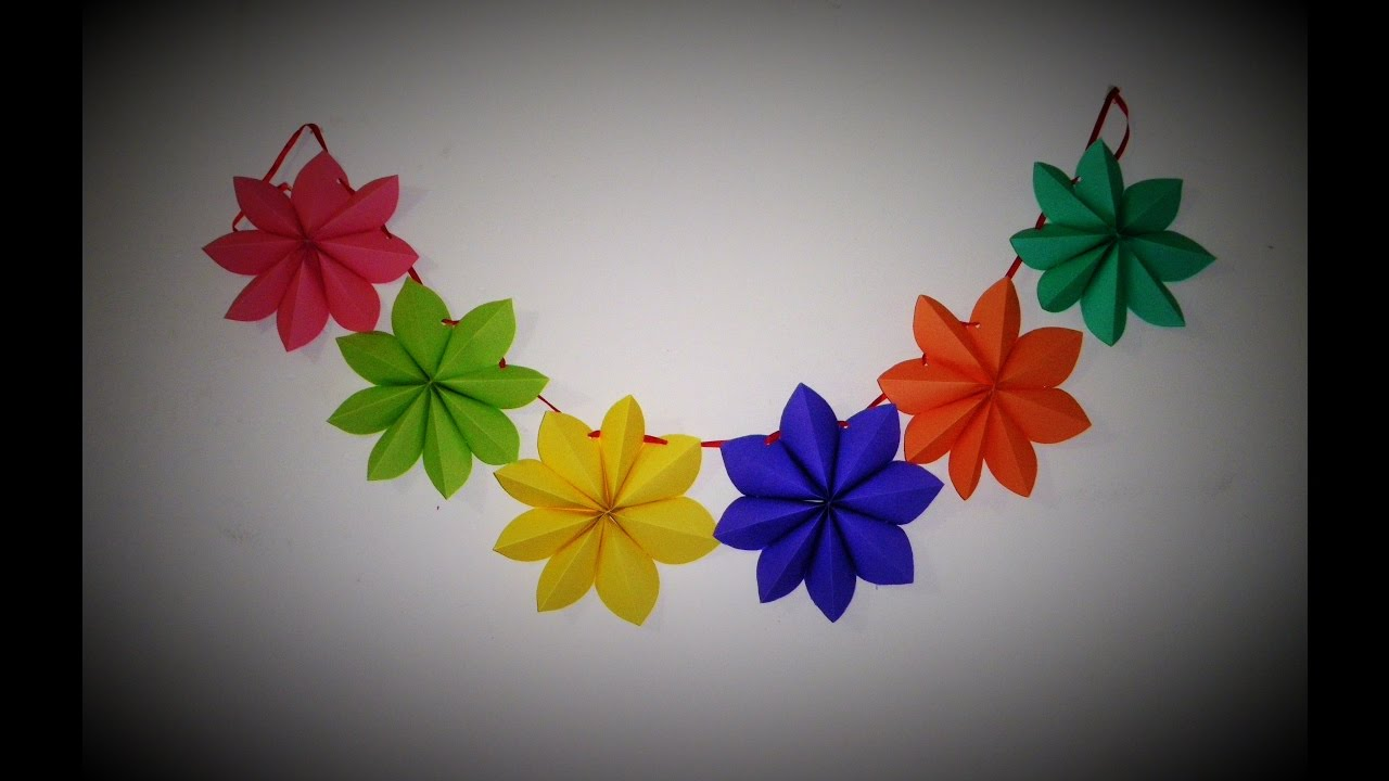 Diy crafts paper stars garland ana diy star paper for Origami decorations for your room