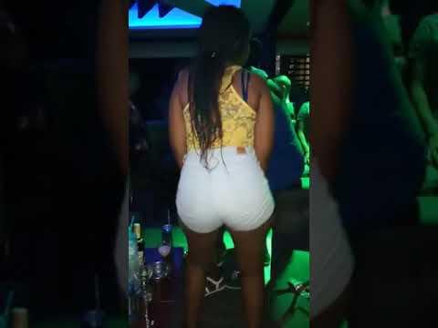 Download How Kenyan girls shake their butts
