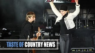 Keith Urban Sings, Nicole Kidman Dances During Legend Tribute
