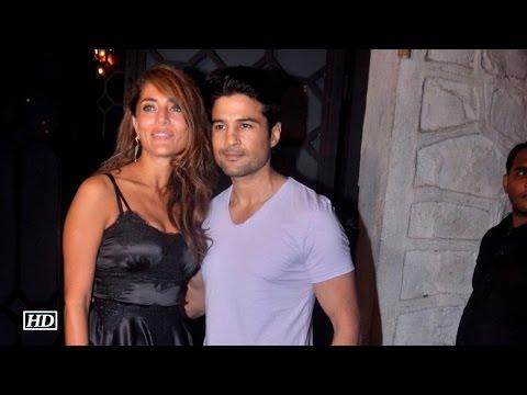 Rajeev hosts special dinner for Bond girl Caterina Murino