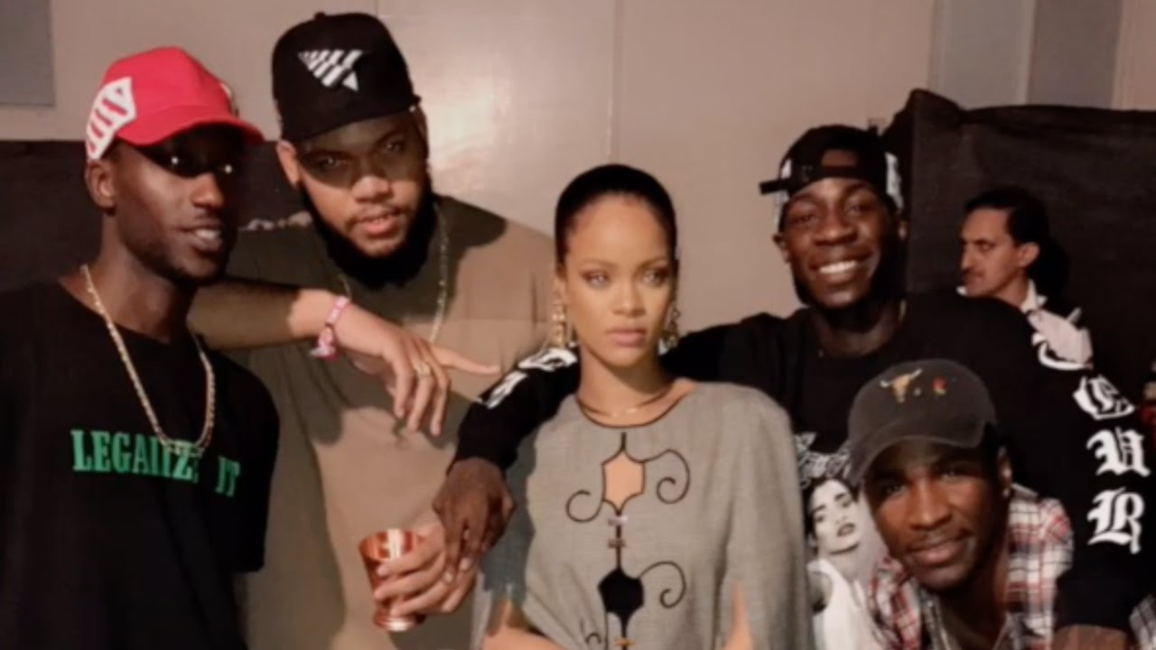 Rihanna | Snapchat Videos | August 13th 2016 - YouTube