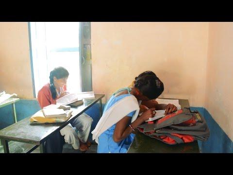indian college girls enjoy at hostal bedroomKaynak: YouTube · Süre: 1 dakika30 saniye