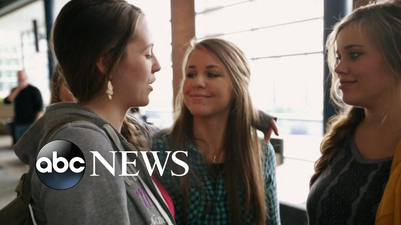 Duggar Family Discusses Scandal In New Tlc Special
