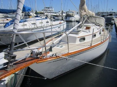 Randall Burg presents Cape Dory 30 SOLD SOLD SOLD - YouTube