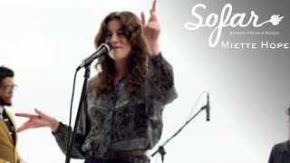 Miette Hope - Got It Right | Sofar NYC