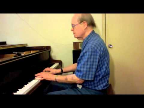 Edward Tarte plays