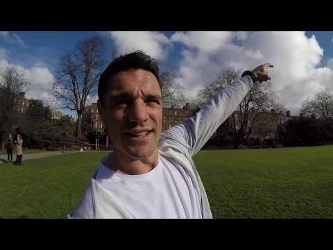 A kicking lesson from Dan Carter