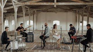 Emma Repede, Adi Kovaci & Band - A Fost Isus