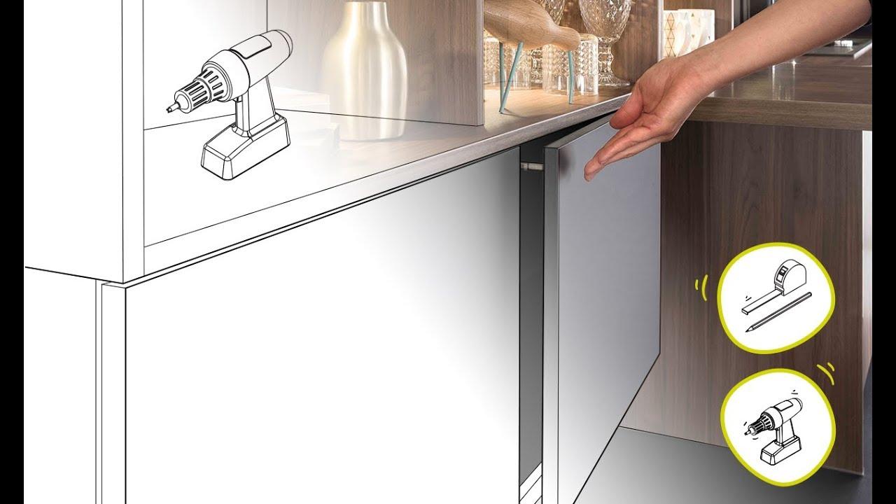 Poignee Porte Placard Cuisine cuisine équipée : poser une poignée touche-lâche en vidéo
