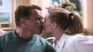 Junior Trailer 1994