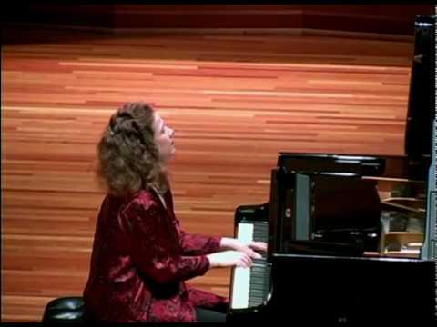 Gila Goldstein plays Astor Piazzolla