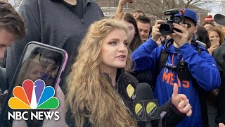 'gun Girl' Kaitlin Bennett Draws Large Student Protest At Ohio University | Nbc News