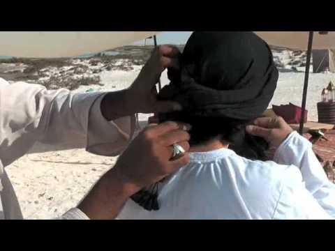 How to Tie a Shemagh–Condé Nast Traveler