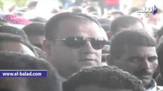 بالفيديو.. محافظ الفيوم يشارك في صلاة جنازة ضحايا الأردن