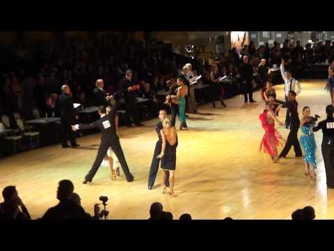1e ronde Assen 2010 (tribune) - Rumba - Riccardo Cocchi & Yulia Zagoruychenko