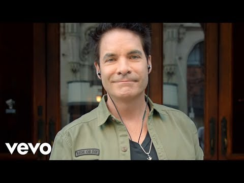 Train - Play That Song (Official Video)
